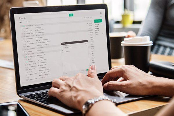 As 5 principais vantagens do Email Marketing (que não tem que ser caro!)